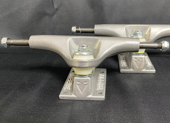 Original Theeve Skateboard Trucks Titanium Alloy Bones Bushings