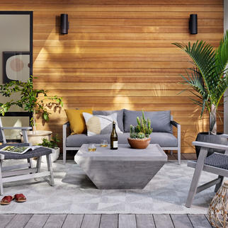 Sherwood outdoor sofa and Delwin square coffee table