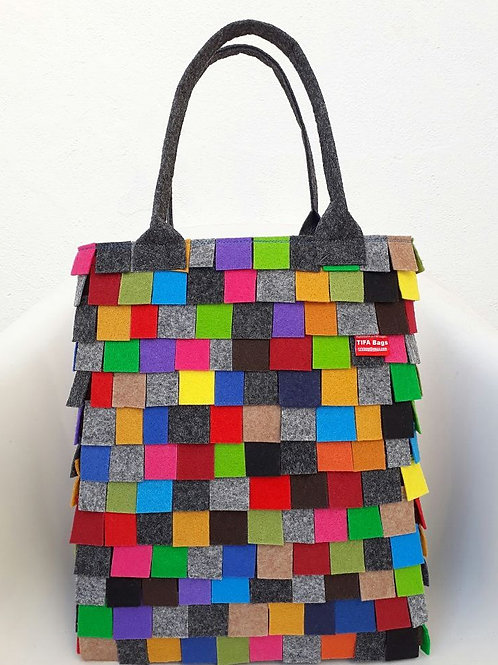 Market bag made of little squares!