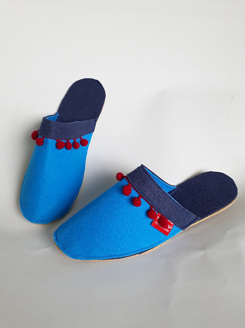 Decorated Light Blue Slippers Pantifas