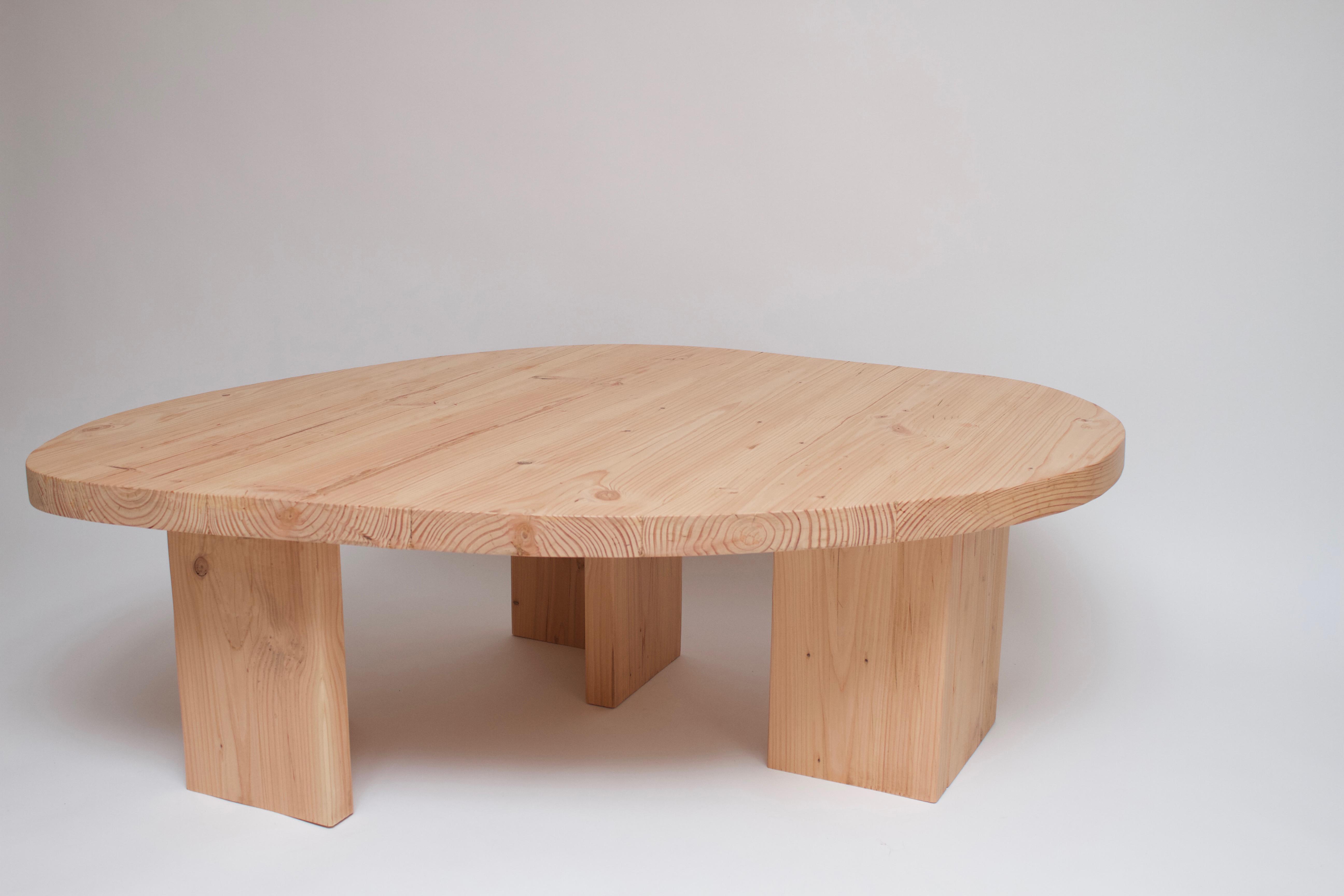 Table Douglas