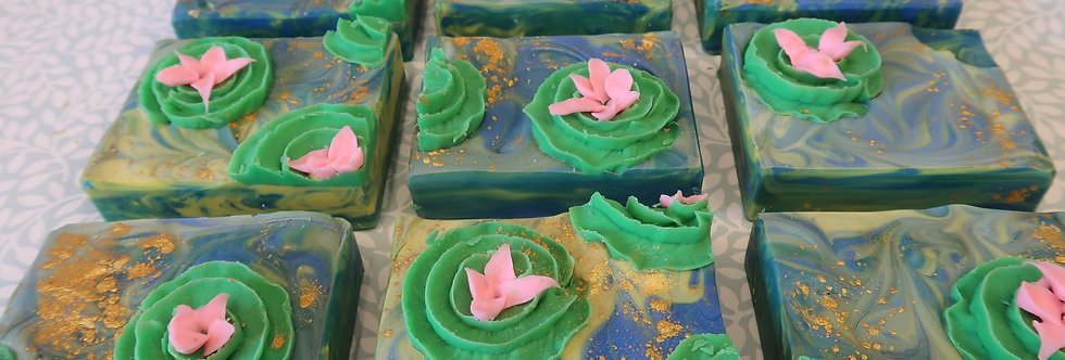 Water Lily Creme Silk Soap