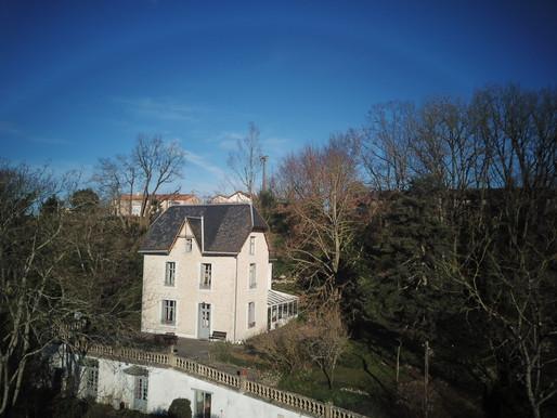 A VENDRE Propriété Civray - maison - 2 gîtes - piscine - 3799m² de terrain