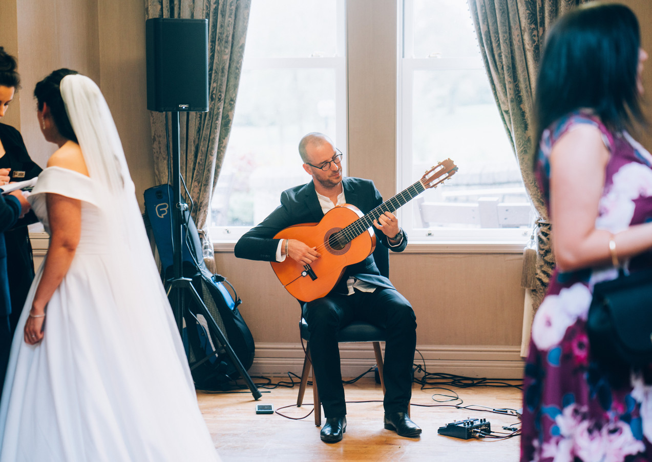 Spanish guitarist available for weddings in Ireland.