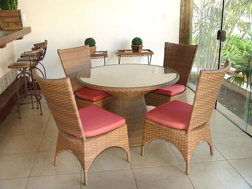 Conjunto de Mesa e Poltronas Begonia