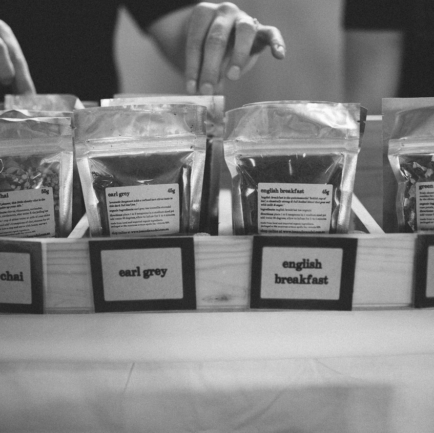 tea & scandal tea rack