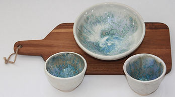 Bowls with crystal glaze overlaid on a base of colour