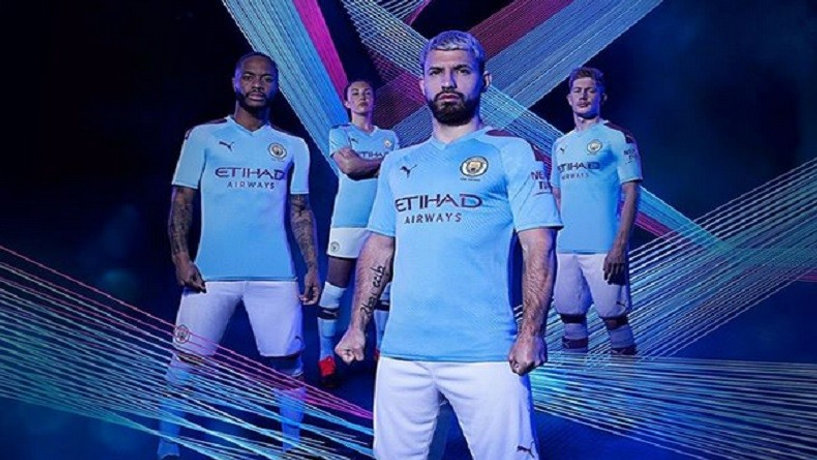 Manchester City Home 19-20 04.jpg