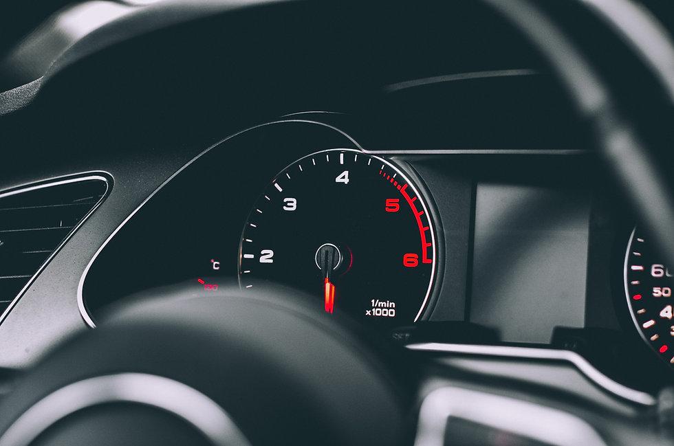 汽車儀表盤