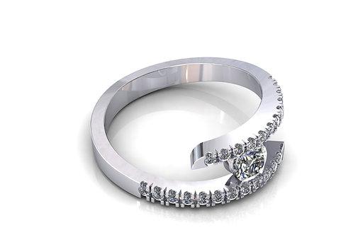 Prsten sa dijamantima B229