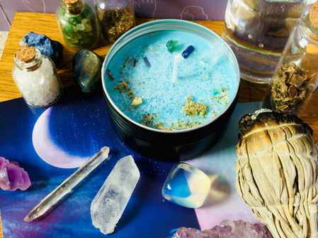 Lucid Dream & Astral Travel potion spell candle, with Moldavite and Mexican dream herb.