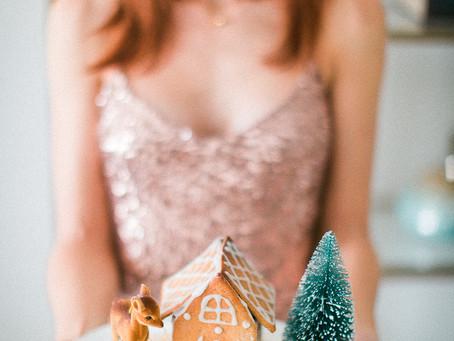 Whole Spelt Gingerbread Houses & Holiday Season