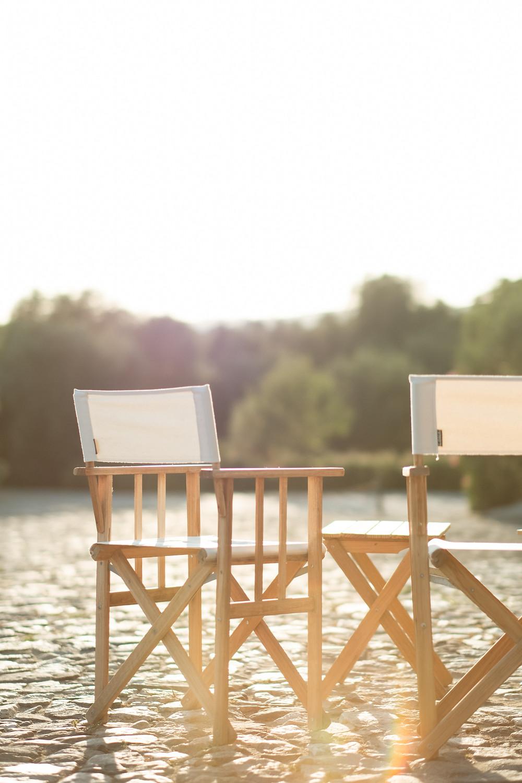 Detalhe cadeiras exterior fim de tarde São Lourenço do Barrocal