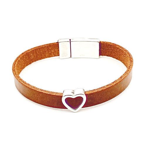 Rundleren armband met verzilverd hartje