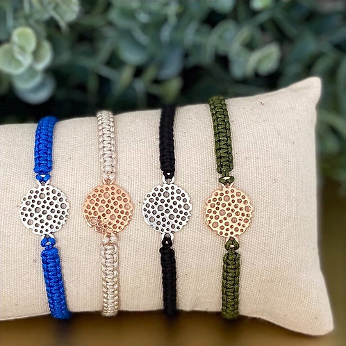 geknoopt armbandje in diverse kleuren