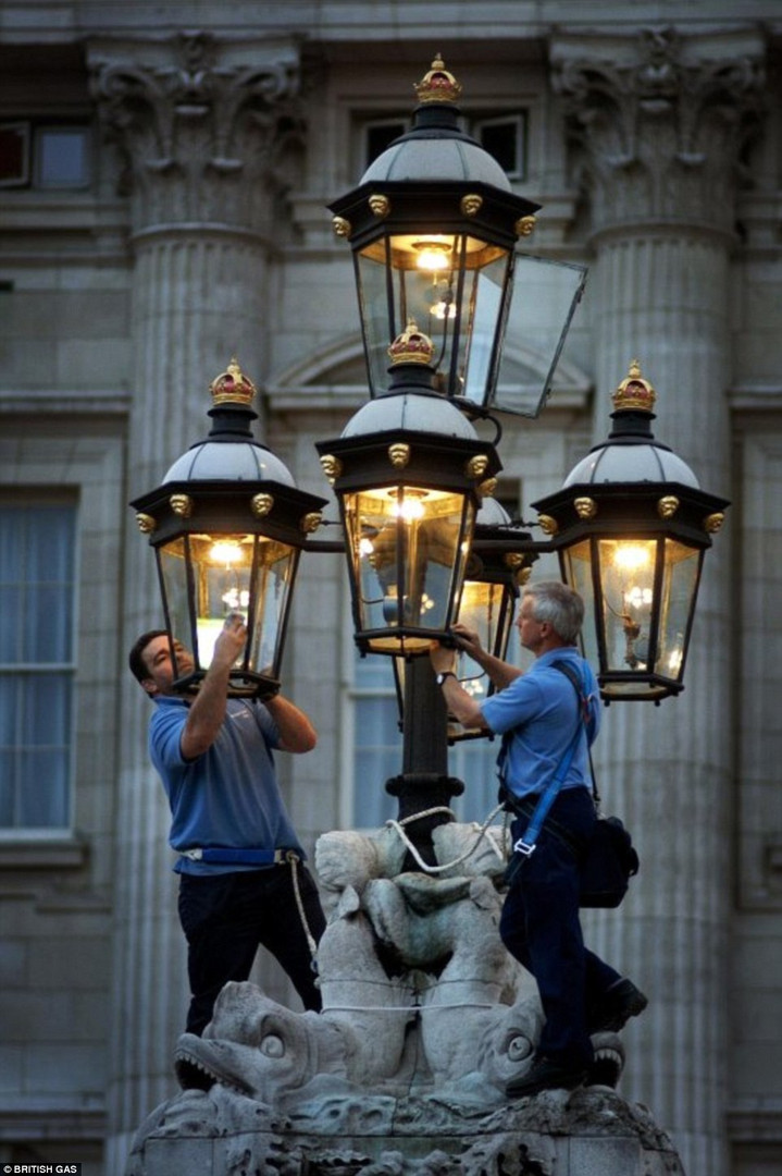 Illumination lighting (45).jpg