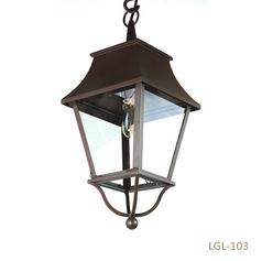 #LaMartini #VintagePoles #lamppost (1).png