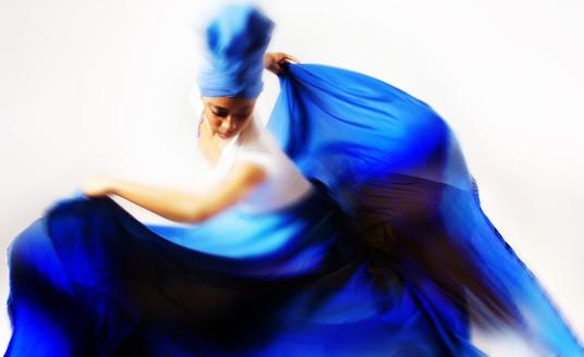 YORUBA RELIGION DANCER