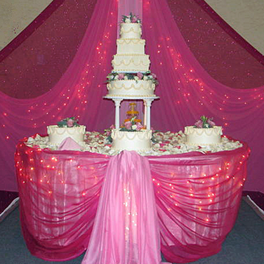 WeddingCakeTableOriginal_edited.png