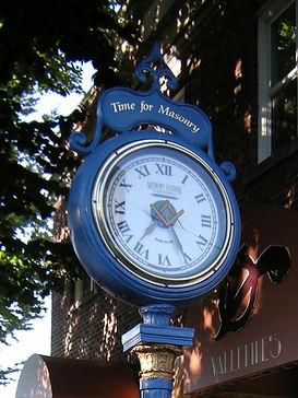 Seattle_Greenwood_Masonic_clock_01_edite