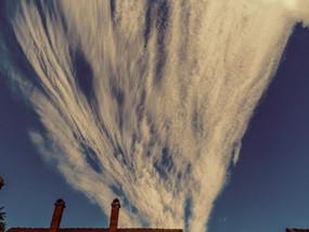 Látványos magas szintű felhők