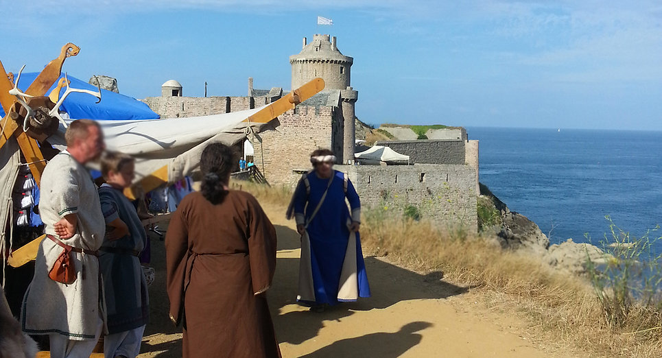 Fort  La Latte Roche Goyon Médiévales Marché Artisans
