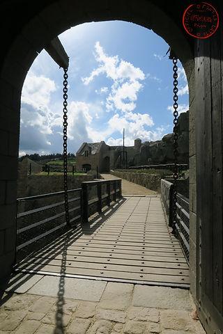 le deuxième pont levis du fort la latte roche goyon