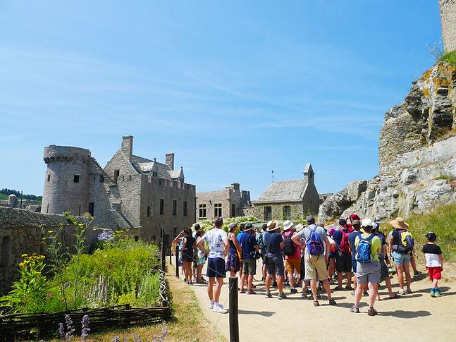 visite guidée chateau de la roche goyon