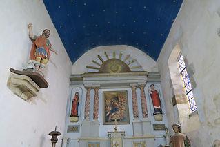 la_chapelle_intérieur_vitrail_serrure1.JPG