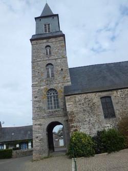 clocher de Plurien