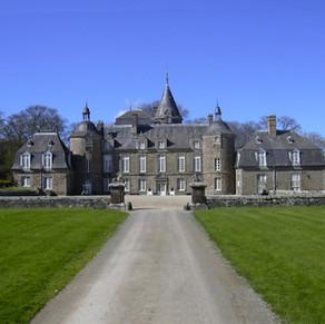 Chateau_de_la_Bourbansais.jpg
