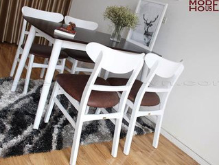 Bộ bàn ăn phù hợp với phòng bếp phong cách cổ điển