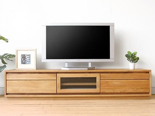 Giá kệ tivi cho gia đình ở chung cư bao nhiêu là hợp lý?