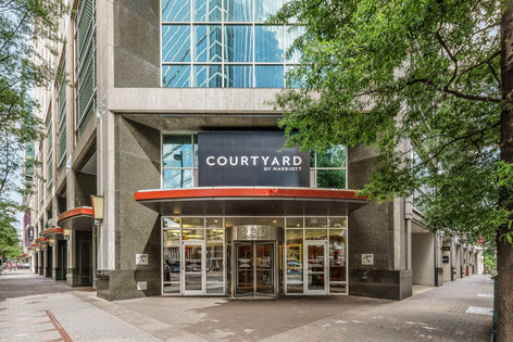 courtyard charlotte city center.jpg