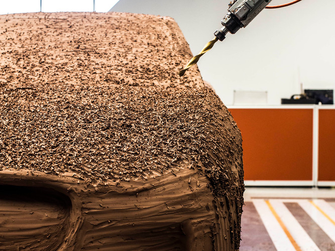 On-plate clay milling