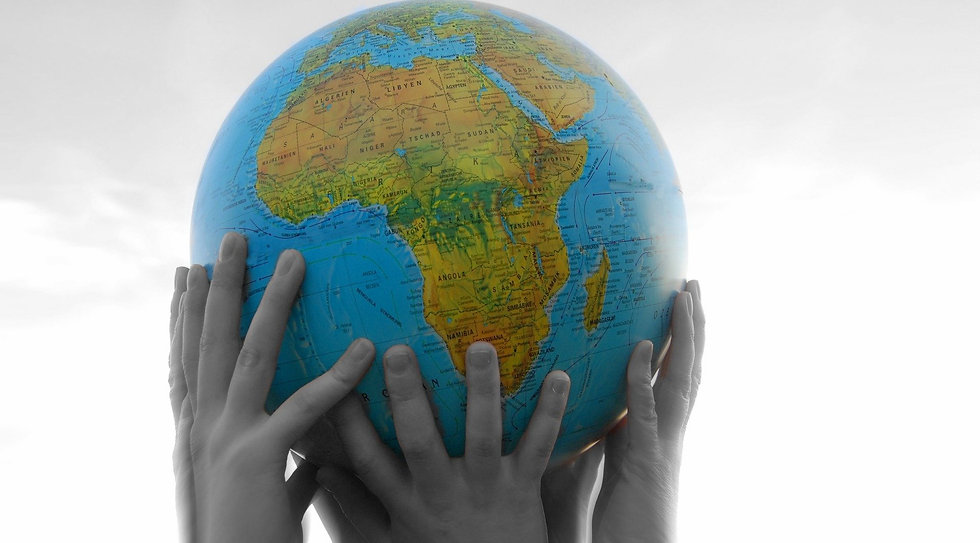 mundo manos.jpg