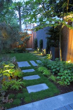 """Garden for a """"Thin House"""""""