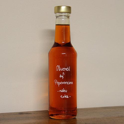 Olivenöl Peperoncino