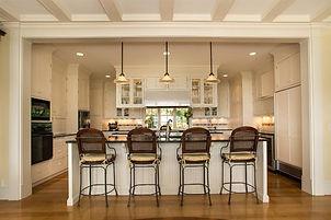 luxury kitchen renovation contractor