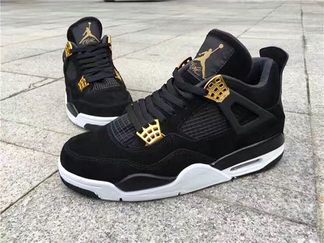 "Air Jordan 4 ""Royalty"", Bring the Crown Back To Team Jordan?"
