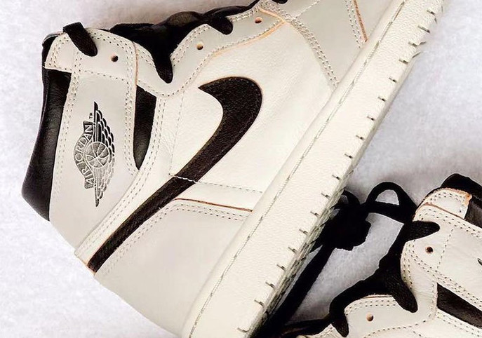 "Nike SB x Jordan 1 Bone and Black Release:""All the Cookies and All the Crème!"""