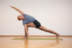 05- Yoga-Hermann Leu - Internet 72dpi 30