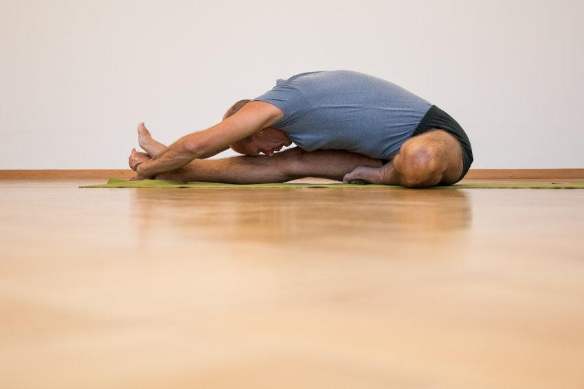 02- Yoga-Hermann Leu - Internet 72dpi 30