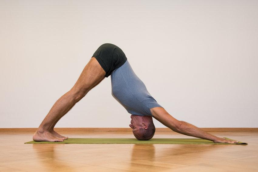 04- Yoga-Hermann Leu - Internet 72dpi 30