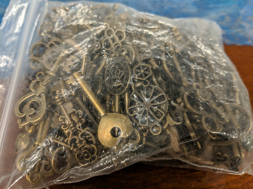 Qty. 166 Mixed Lot Brass Keys