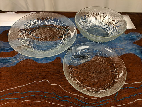 139 pc. Clear Glass Sunflower Dish Set