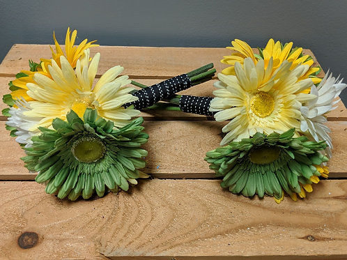 Set of 2 Daisy Bouquets