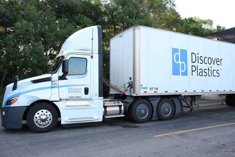 semi-truck-white-discover-plastics.JPG