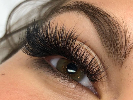 FULL SET OF CLASSIC LASHES FOR $70
