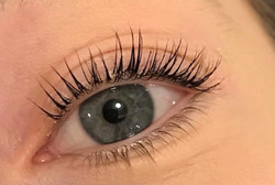Give your Lashes a Lift